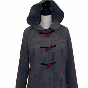 HP! Old Navy M grey wool blend w/red toggles coat.